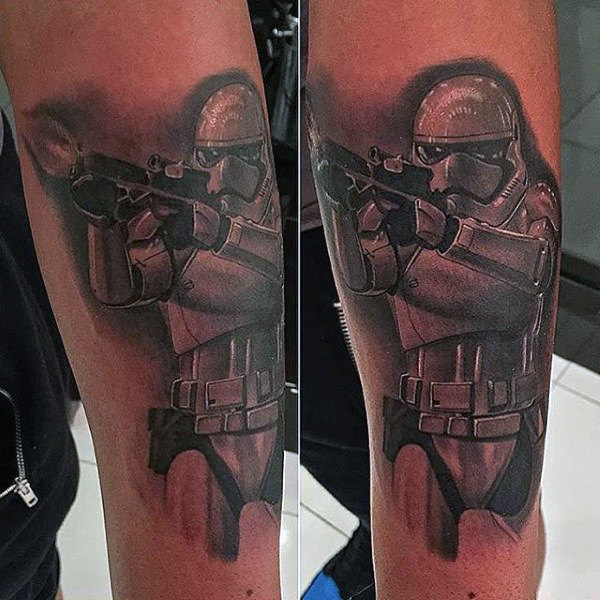 Imperial Stormtrooper Disparando E 11 Blaster Rifle Mens Tattoo