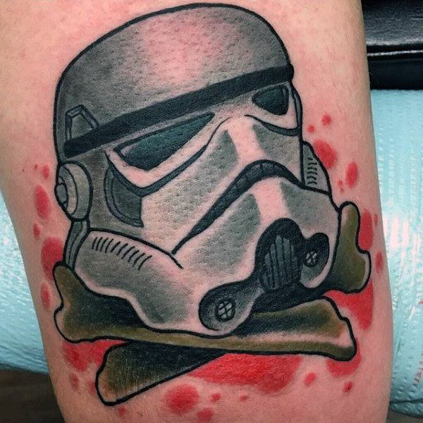 Stormtrooper com Cross Bones Male Arm Tattoo
