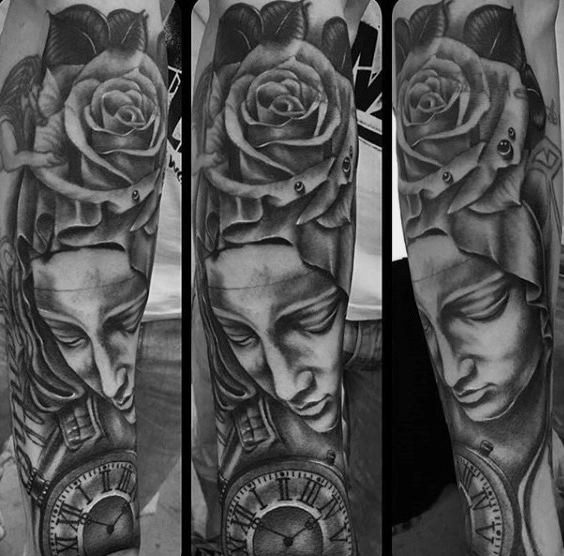 Cool Virgin Mary zakhorloge en roos bloem heren mouw tatoeages