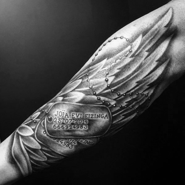 Cool Angel Wing Dog Tag Nazwa Forearm Tattoo For Guys