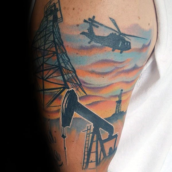 Artistic Mens Oilfield Arm Tattoo Design Inspirasjon