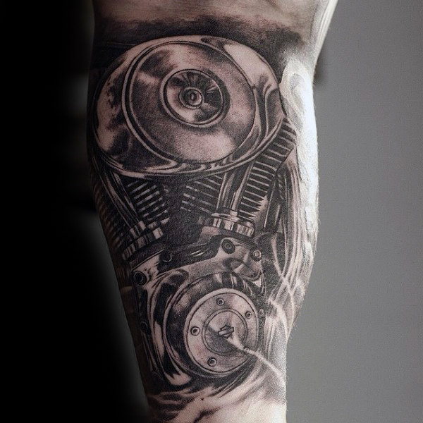 Realistische Awesome Gray Engine Tattoo op Mans Bicep