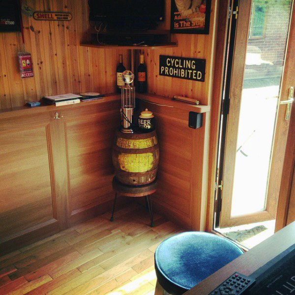 Einzigartige Mens Shed Pubs