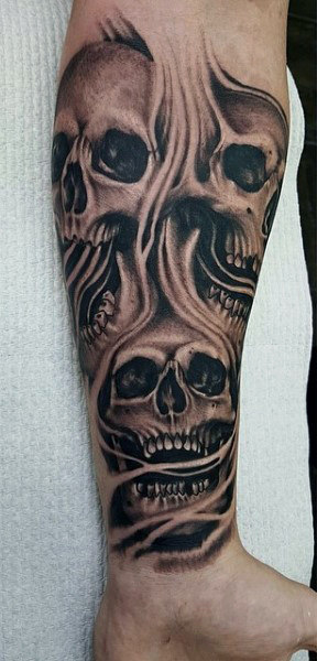 Skull Smoke Men's Tattoos On Wrist
