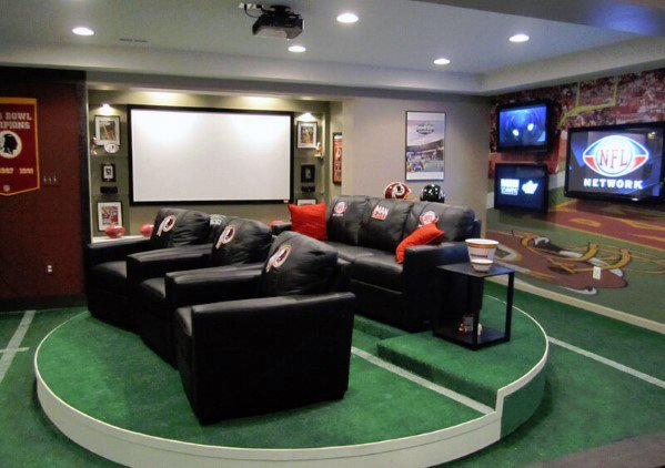 Cool Man Cave Ideas Med Sports Theme Og Artifical Turf Flooring