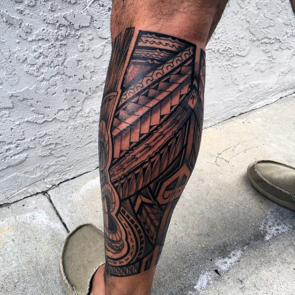 Vyrai's Hawaiian Tribal Tattoo On Legs