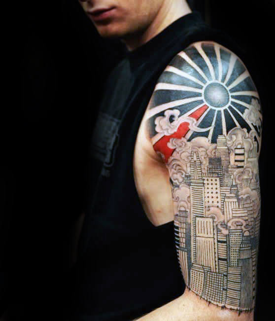 City Skyline With Rising Sun Mens Tatuaggi a mezza manica