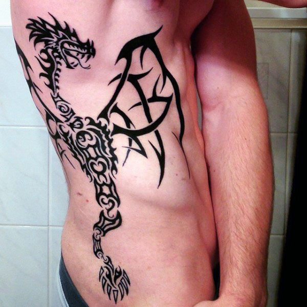 Tribal Rib Cage Side Dragon Masculin Tatuaje
