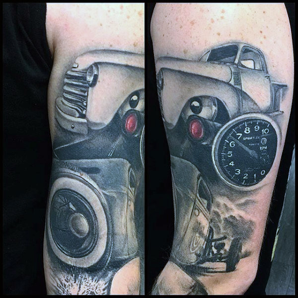 Tacho Auto Hot Rod Tattoo männliche Arme