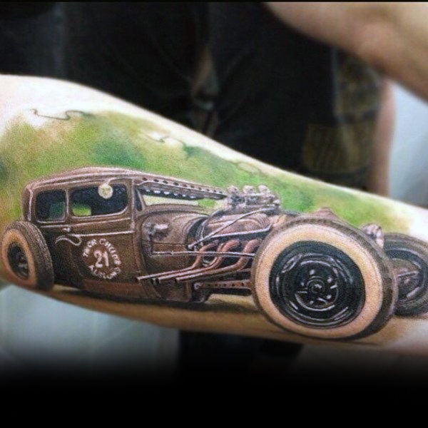 Effiziente Hot Rod Tattoo Male Forearms