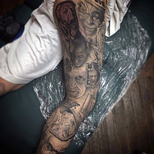 Portraits Mens Leg Thigh Ligh Tatu