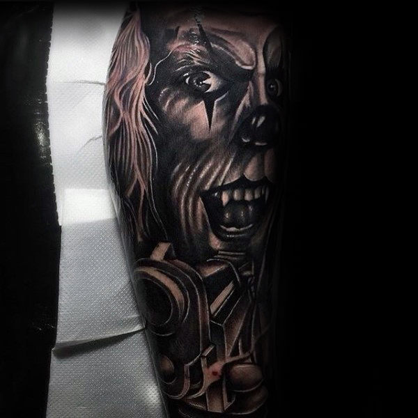Clown met pistooljongens Leg Sleeve Tattoos