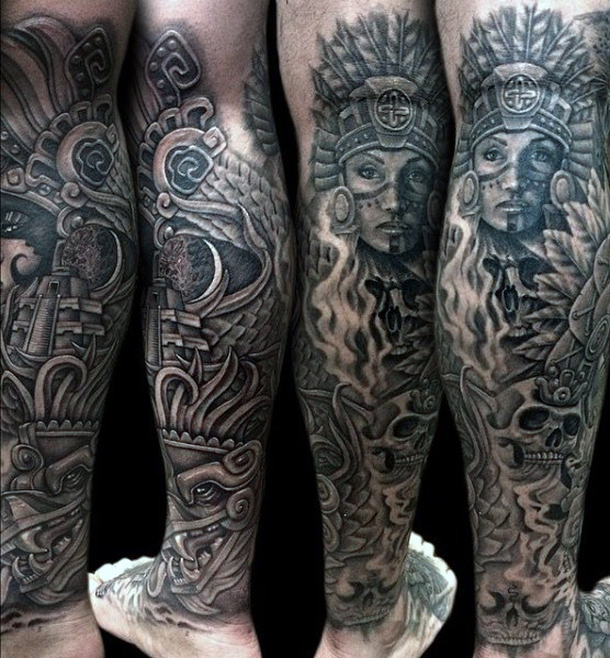 גברים's Aztec Calendar Tattoo On Legs
