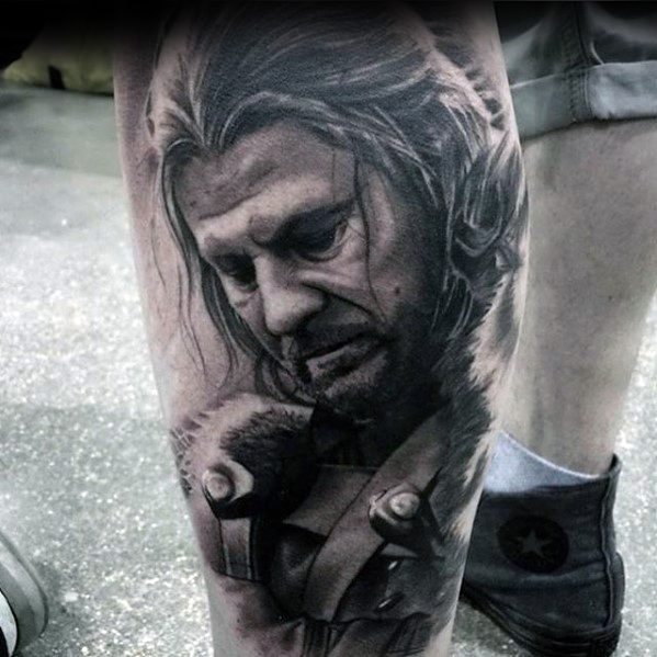 Gentleman With Game Of Thrones Tattoo rękawem