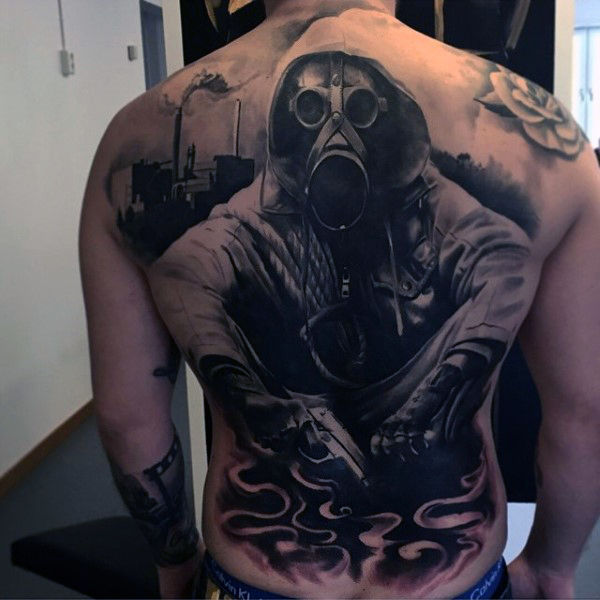 Topeng Gas Black Ink Back Ideas Tatu Lelaki