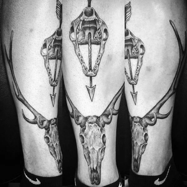Crânio Bowhunting Leg Tattoo For Men