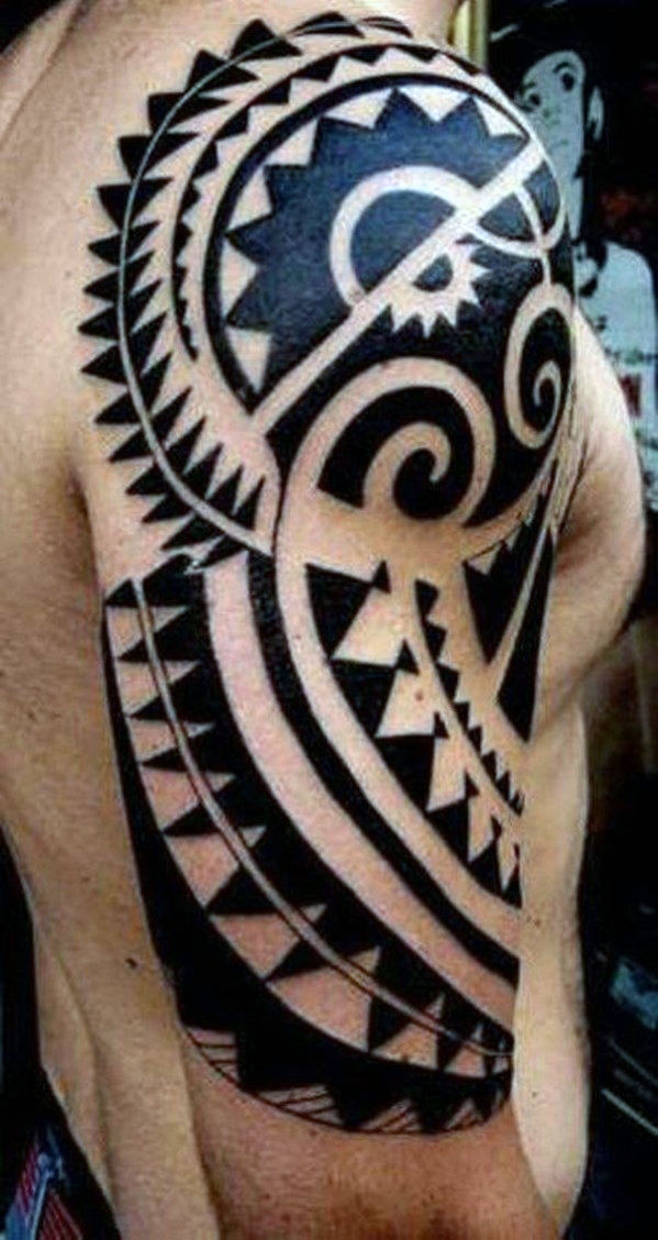 Erkekler's Tribal Arm Tattoos