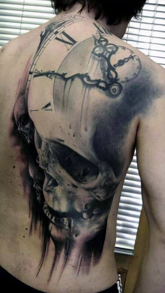Vyrai's Back Skull Clock Tattoos